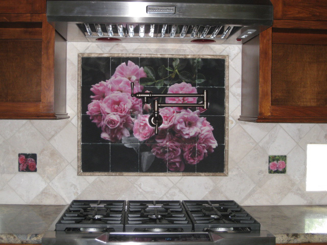 Backsplash-Mural-and-Accents-02