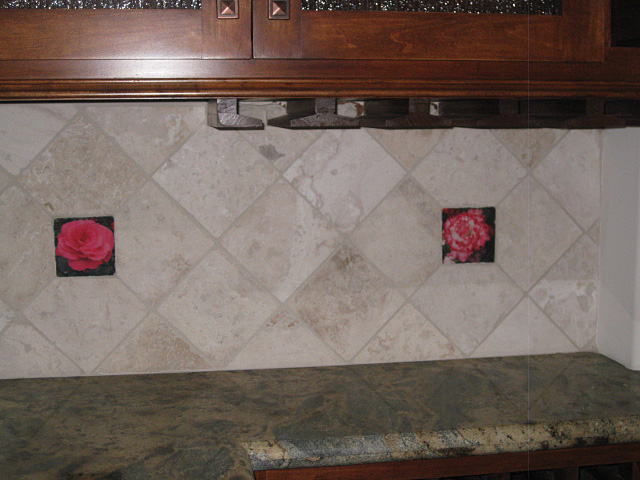Backsplash-Mural-and-Accents-06